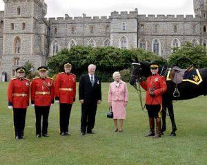 Queen Elizabeth presentatin